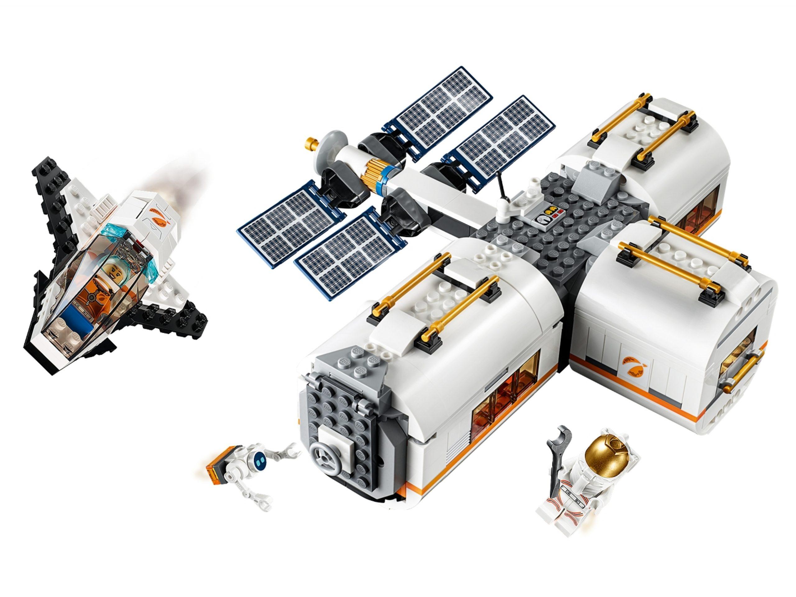 lego 60227 lunar space station scaled