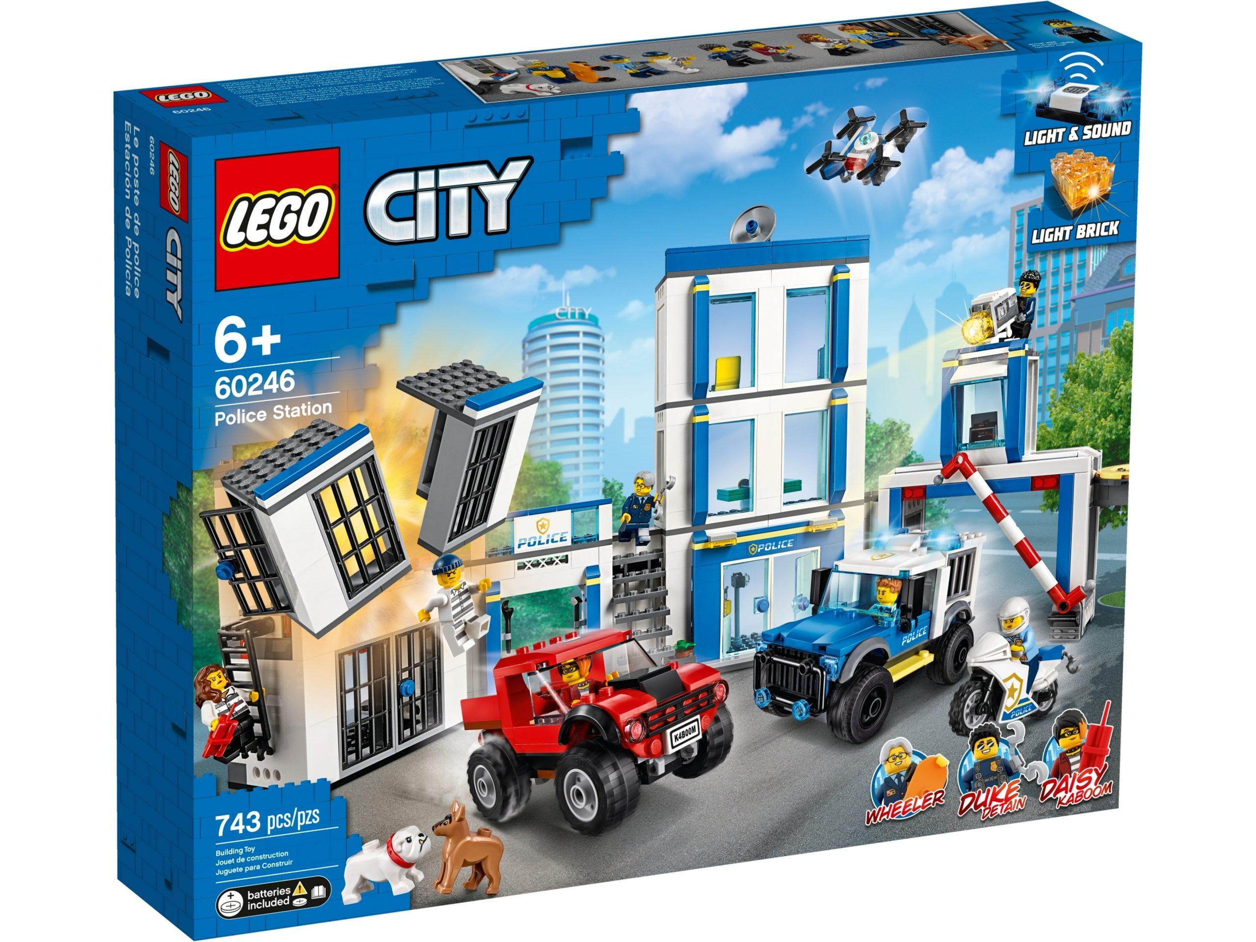 lego 60246 police station scaled