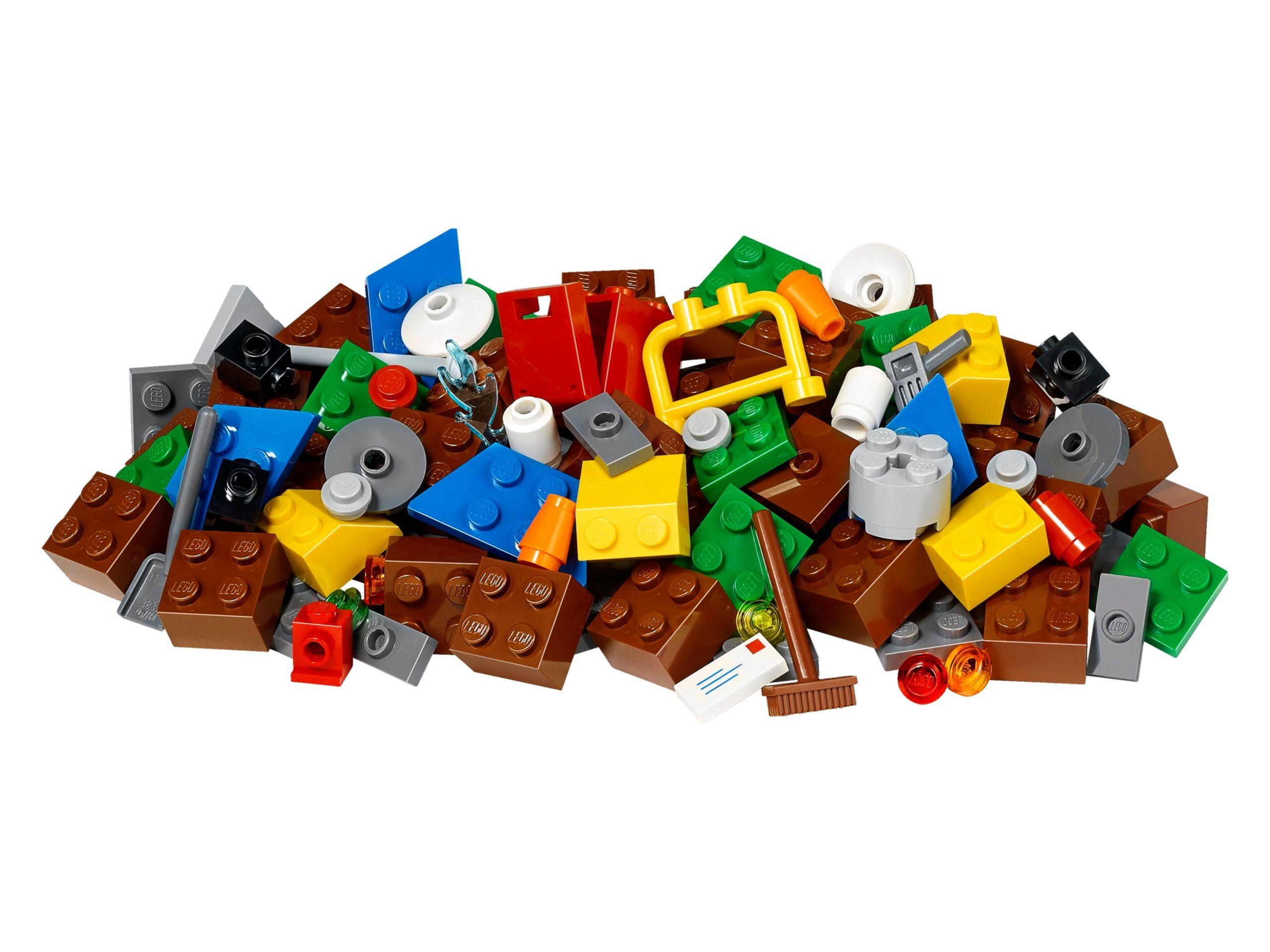 lego 853656 city playmat scaled