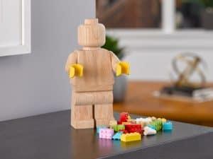 lego 853967 wooden minifigure